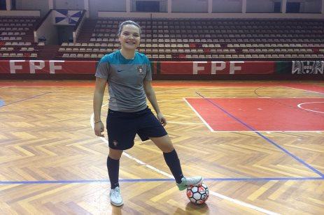 Cristiana Costa radiante por jogar em casa. Futsal Fem. - Seleção A ce2f5fab77bb2