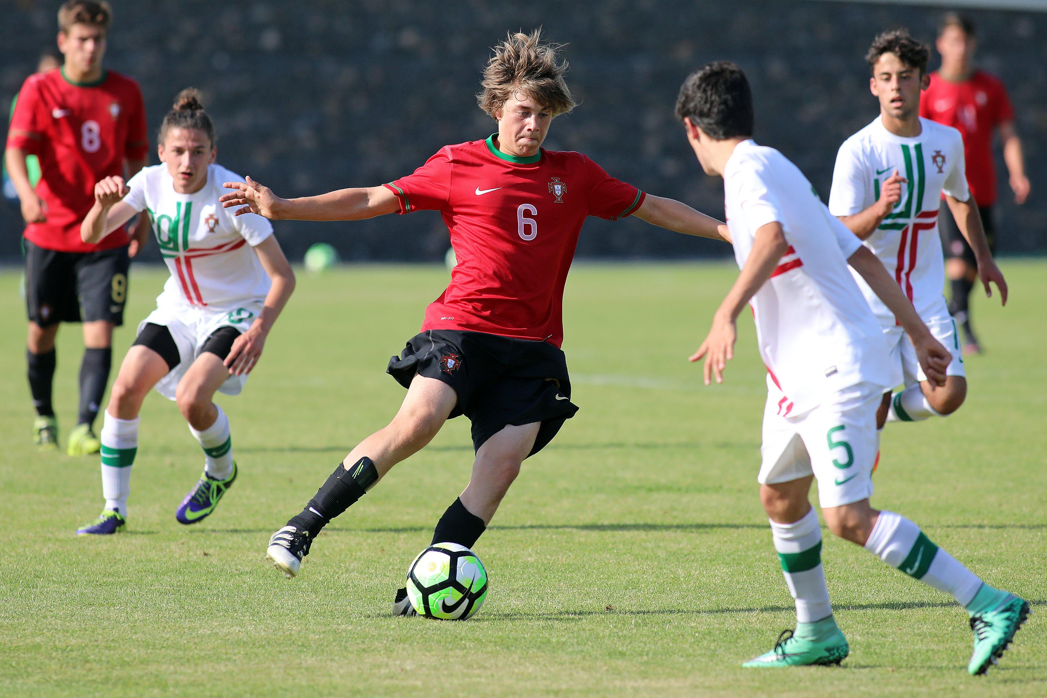 Seleção Sub-15 - Futebol Masculino  43682cf40925a